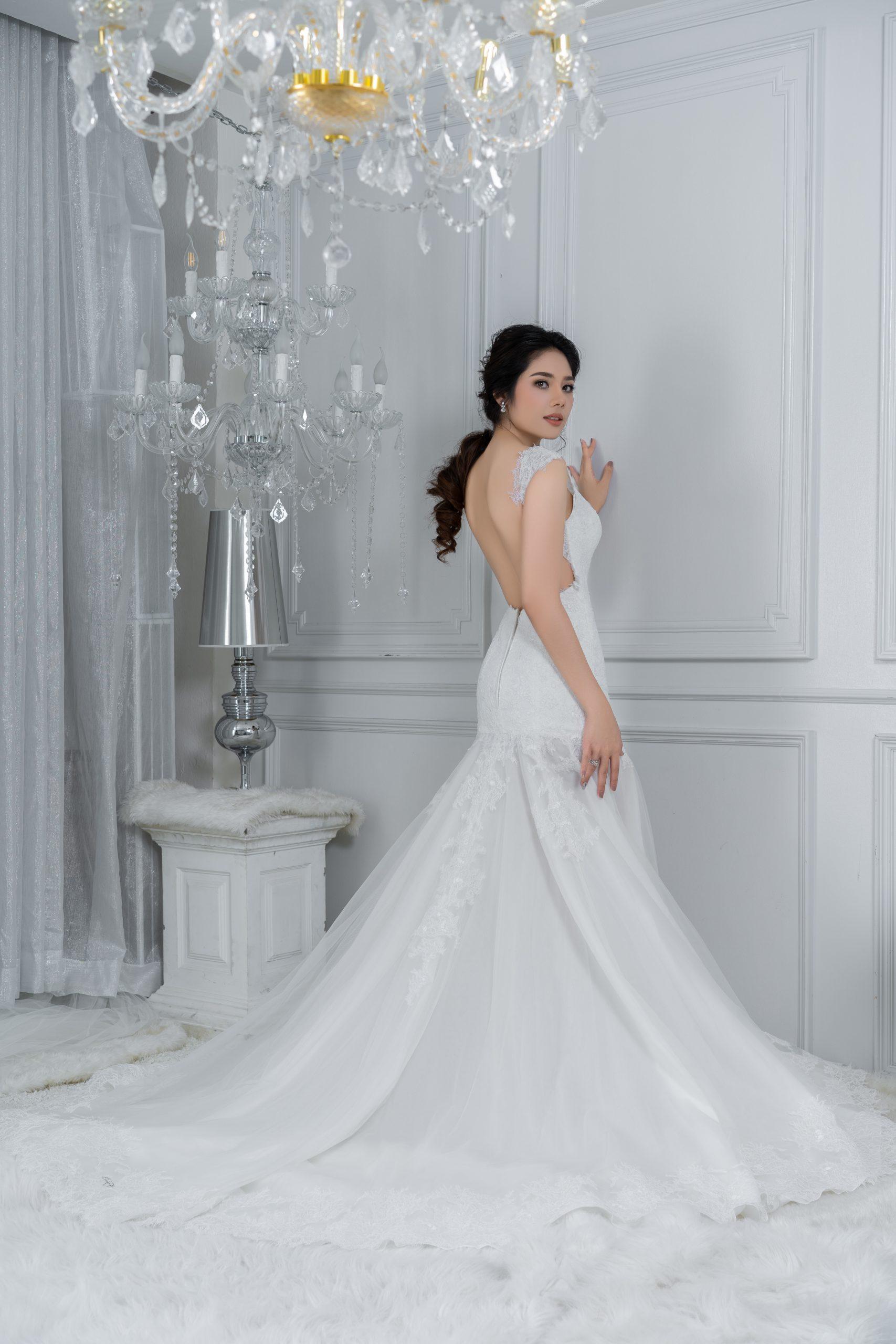 Wedding Dress (180)++